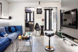 01of11-HouseDesignHK-House of NT-LivingRoom-2048