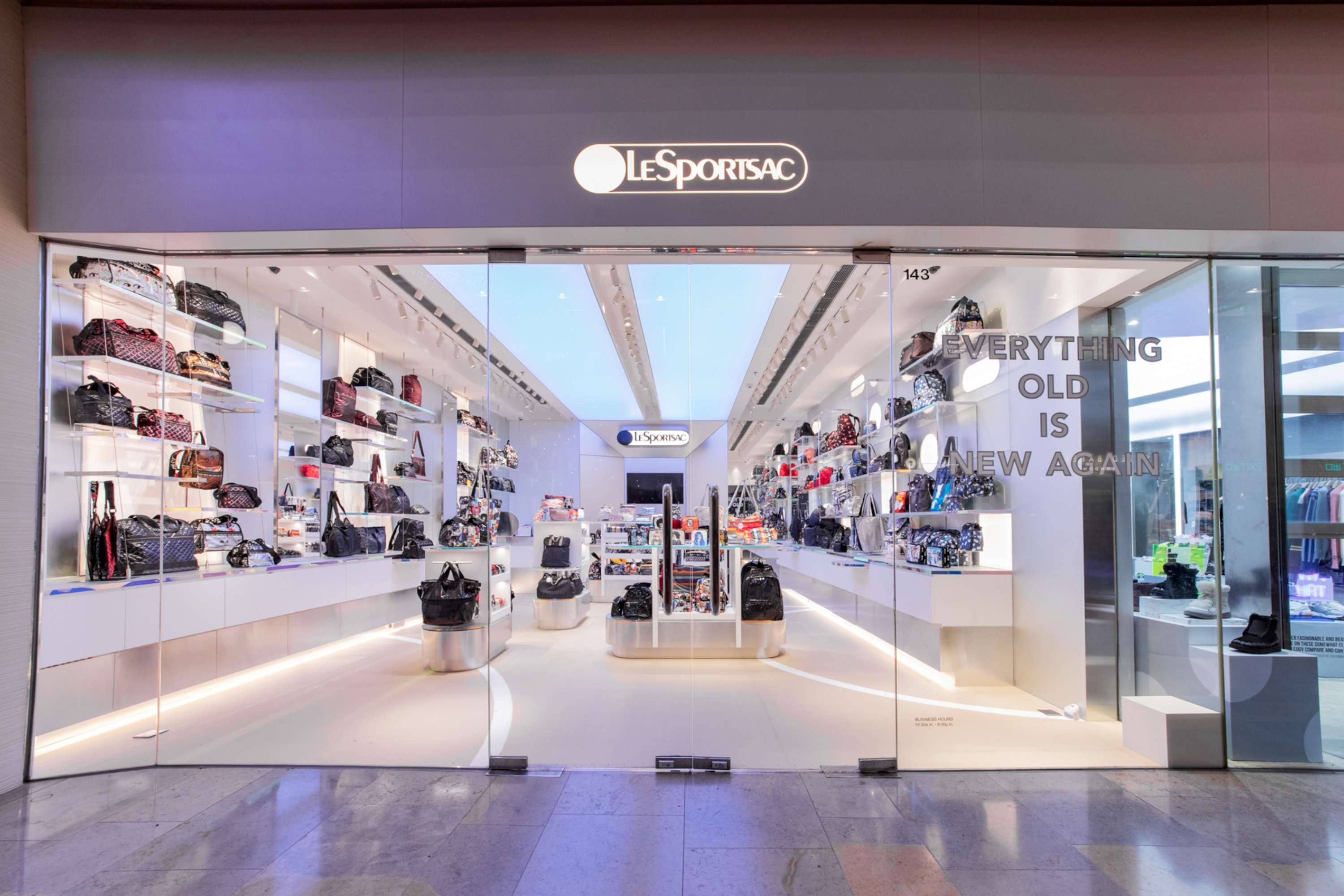 LeSportsac Retail Store – Pacific Place, Admiralty