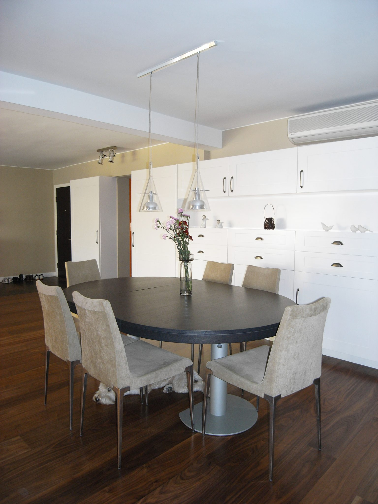 beverly villa a clifton leung design workshop. Black Bedroom Furniture Sets. Home Design Ideas